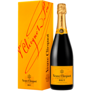 Product image of CHAMPAGNE VEUVE CLICQUOT YELLOW LABEL BRUT IN GIFT PACK from Vinatis UK